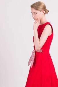 Червона сукня з бантом на талії — 30111P