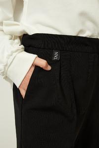 Чорні укорочені кюлоти на дівчинку — K60012